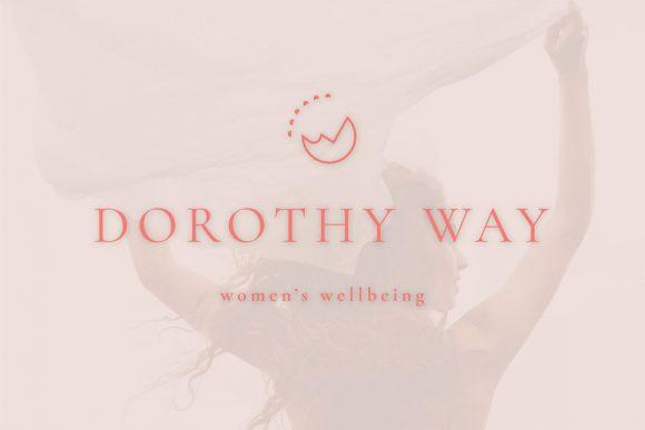 Heidi Lou Design Pole Dorothy-Way